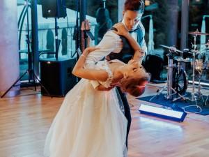 "Justyna i Jacek – A.B. ""Watch over you/Wonderful life"""